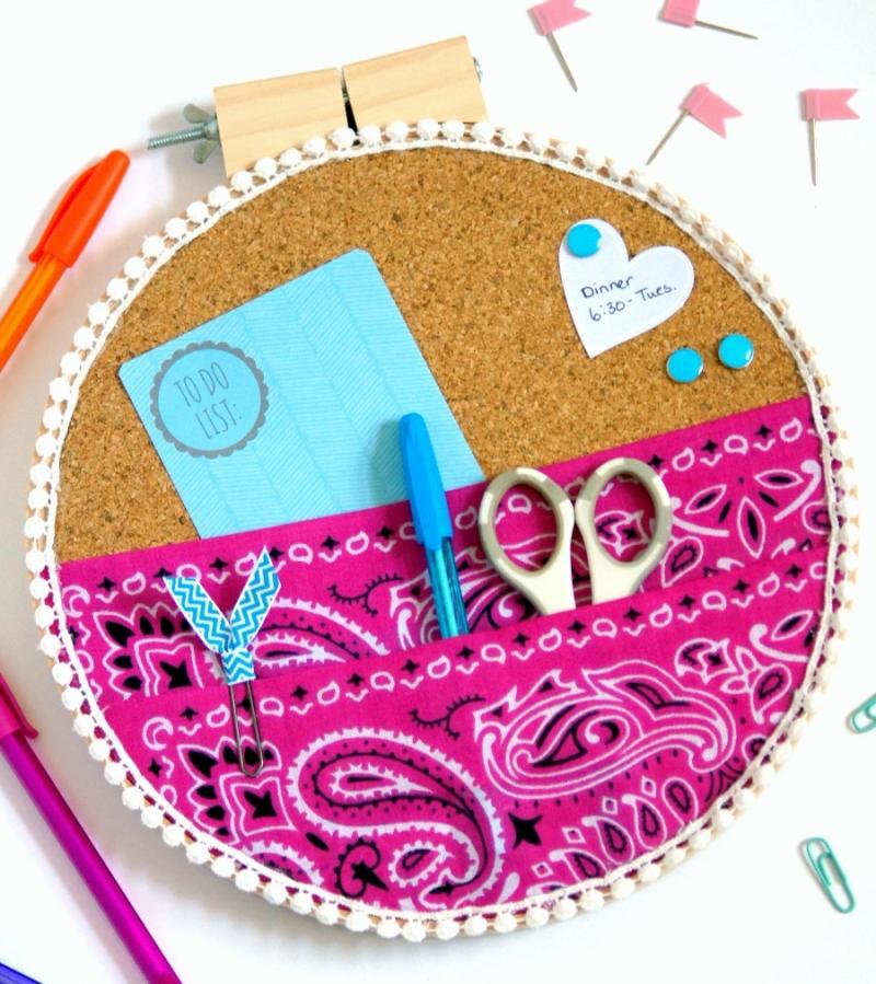 Diy-embroidery-hoop-organizer