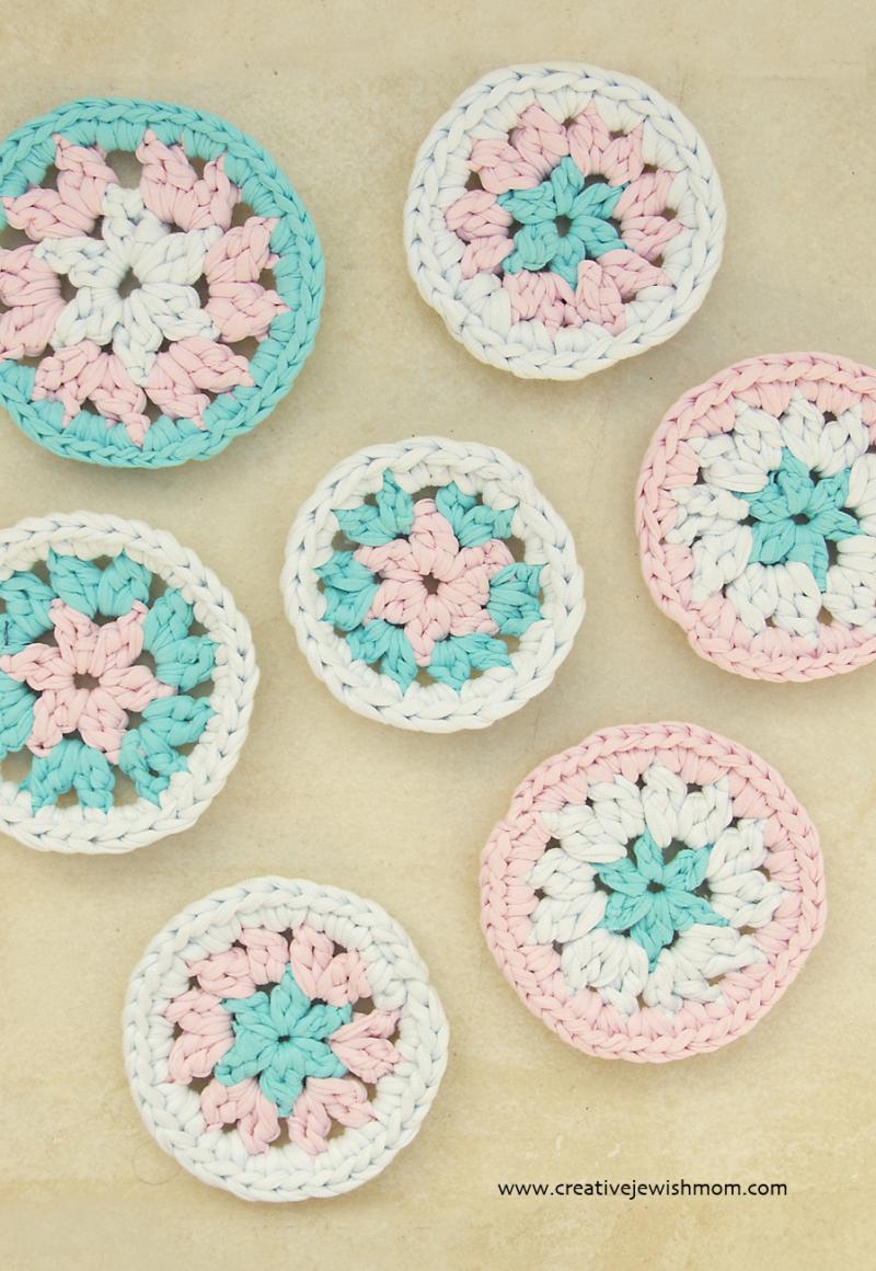 Crochet-mini-mandala-star-center
