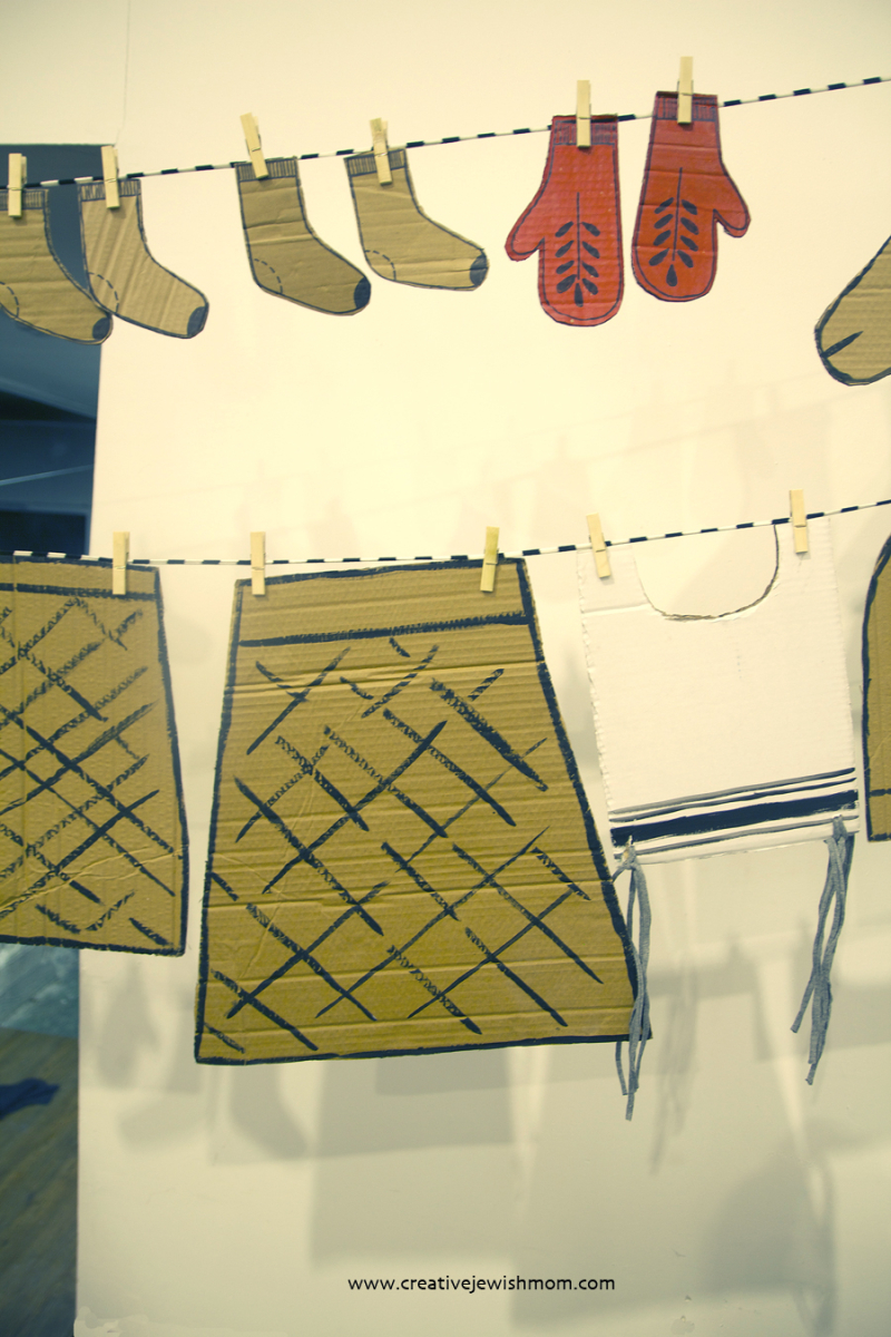 Cardboard socks and mittens craft