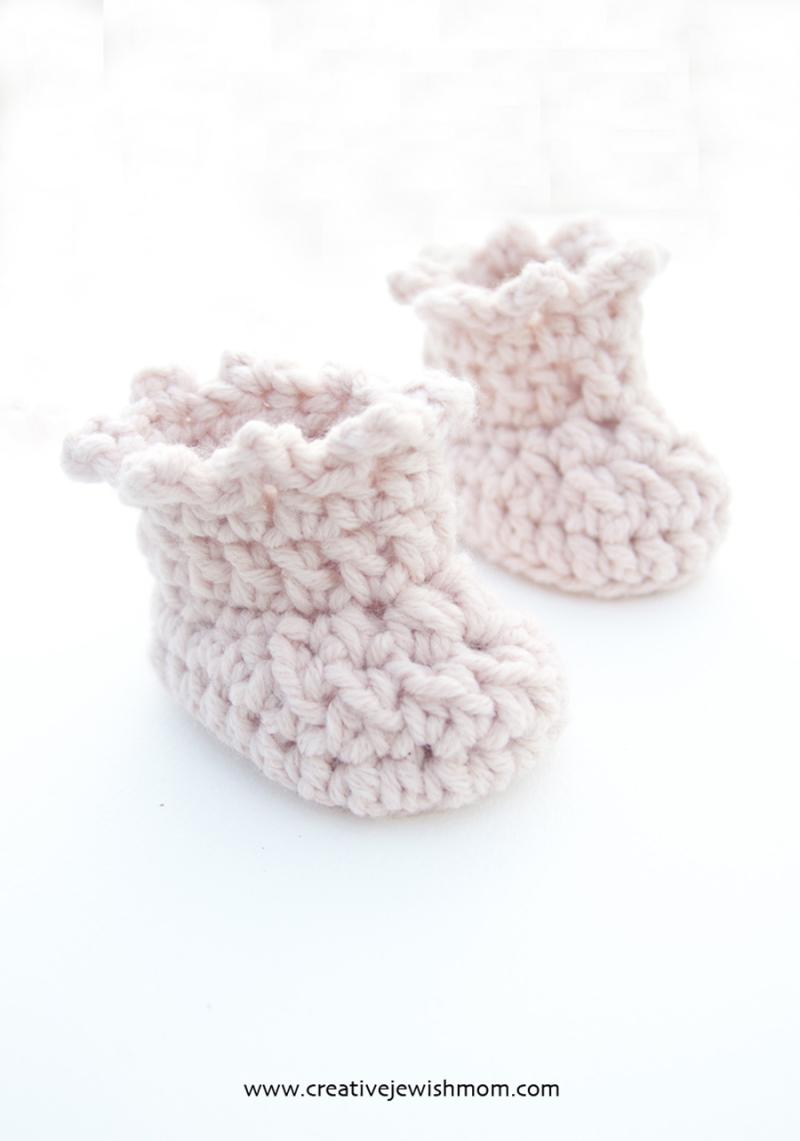 Crocheted-girl-baby-booties