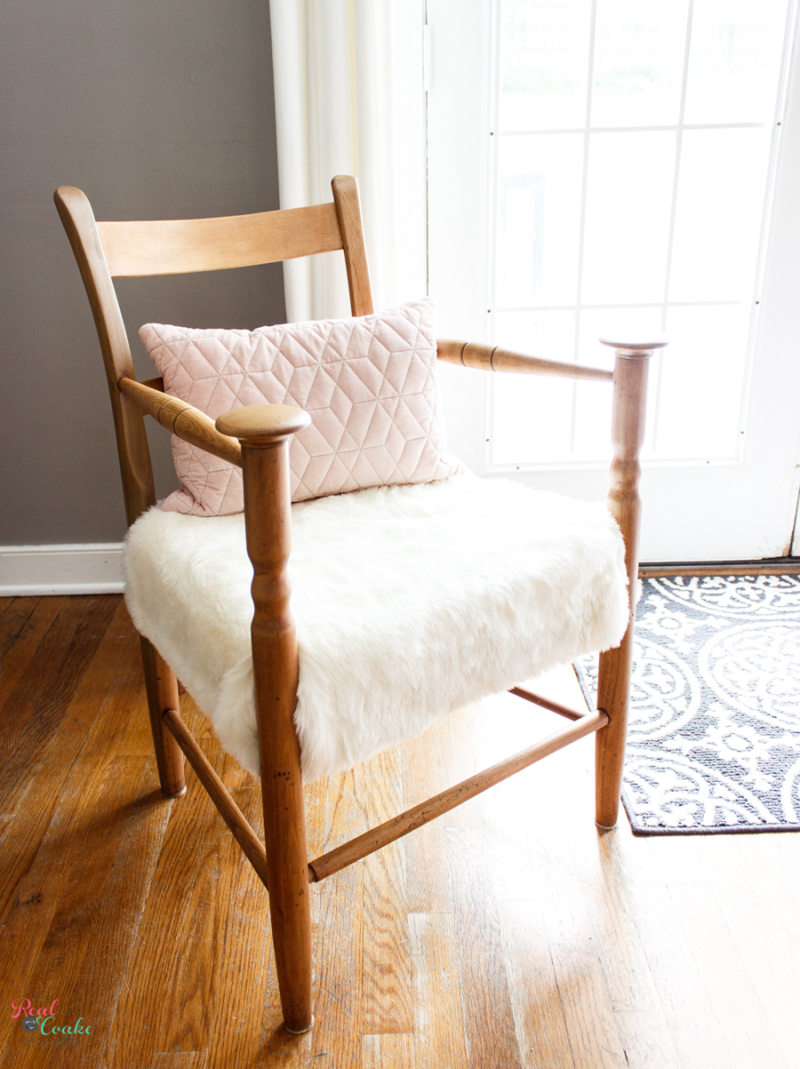 How-to-Refinish-vintage-wood-Chair