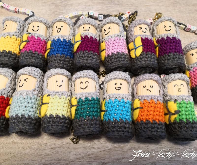 Crocheted-wine-cork-people