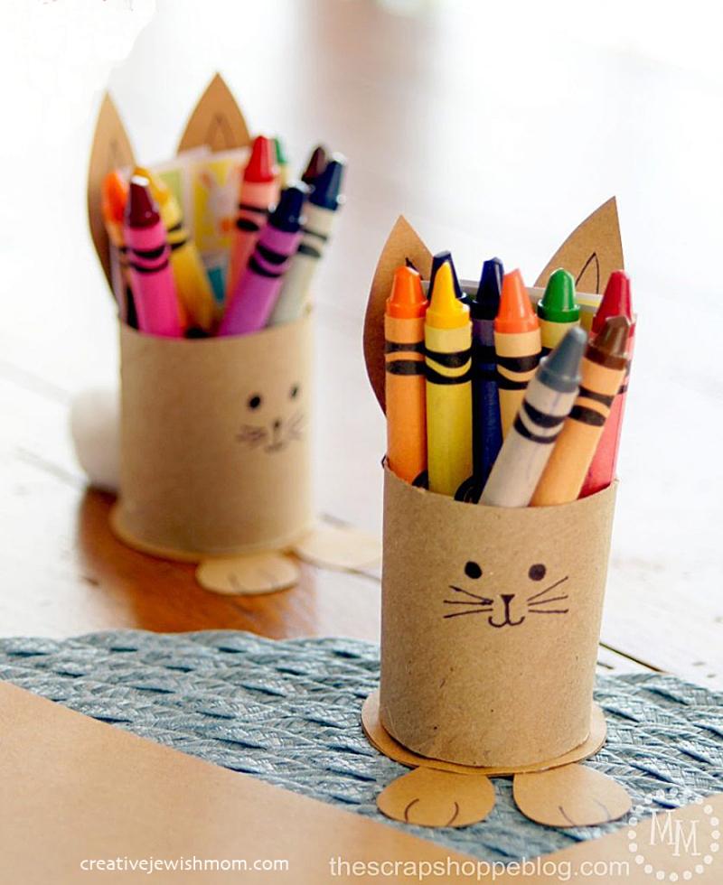 Toilet tube bunny-crayon-holders