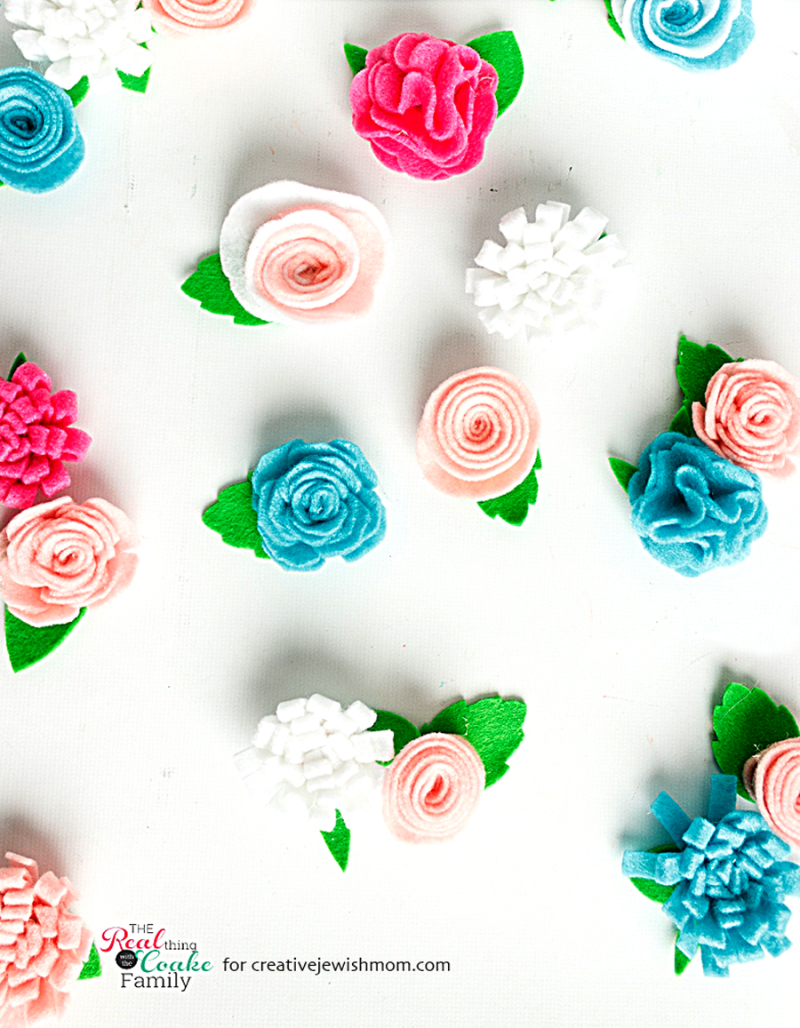 DIY-simple-felt-flowers