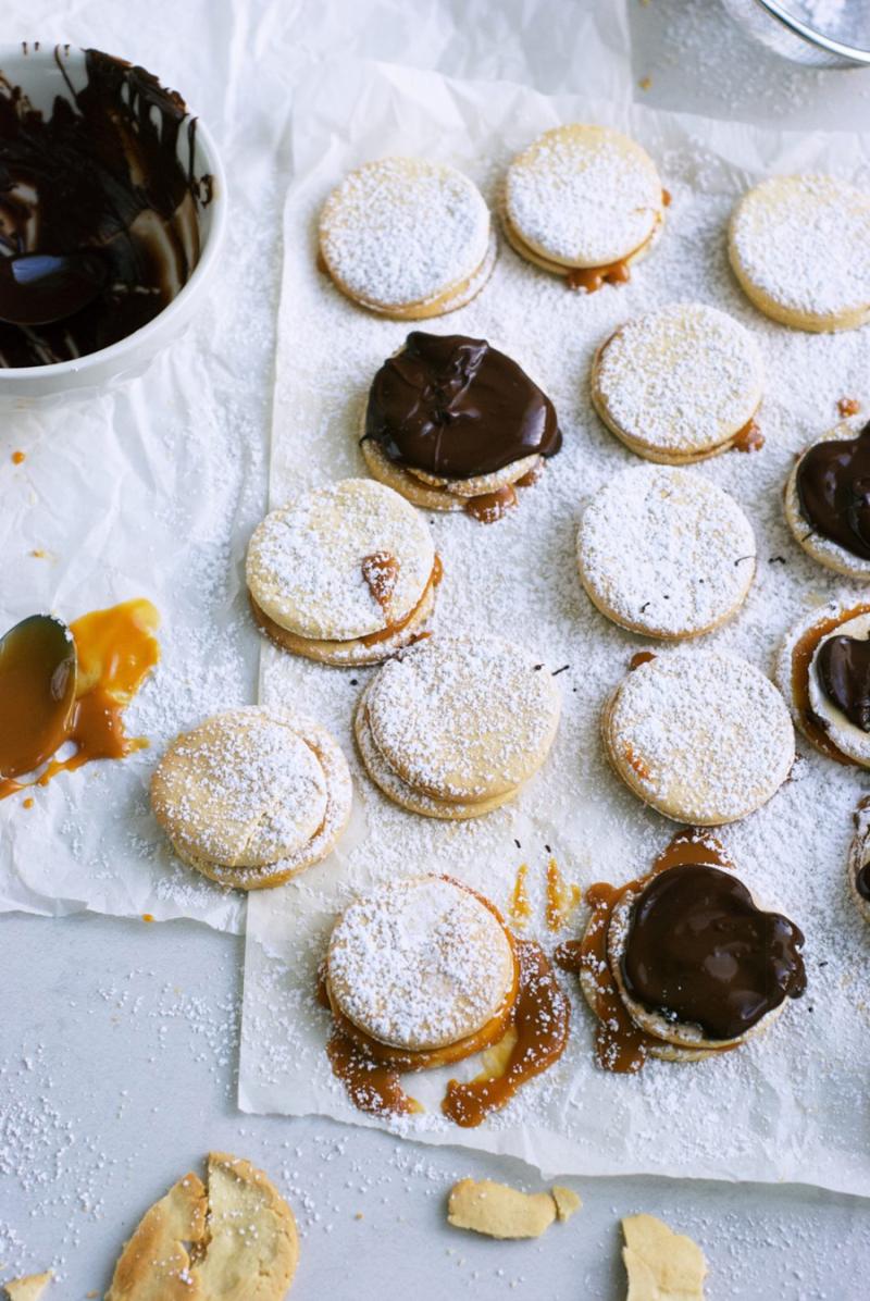 How-to-make-alfajores-cookies