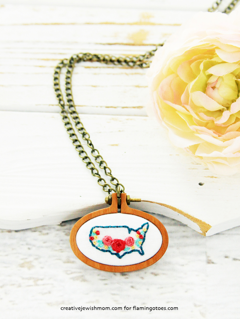 Embroidered-USA-Map-Necklace