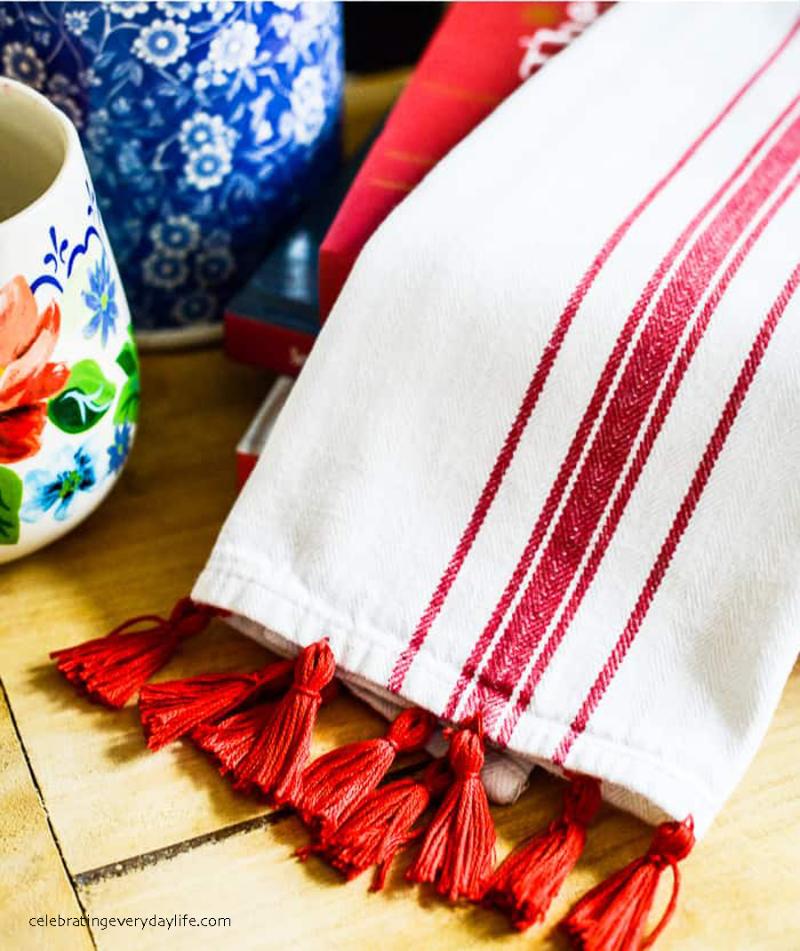 How-to-Make-a-Tassel-Tea-Towel