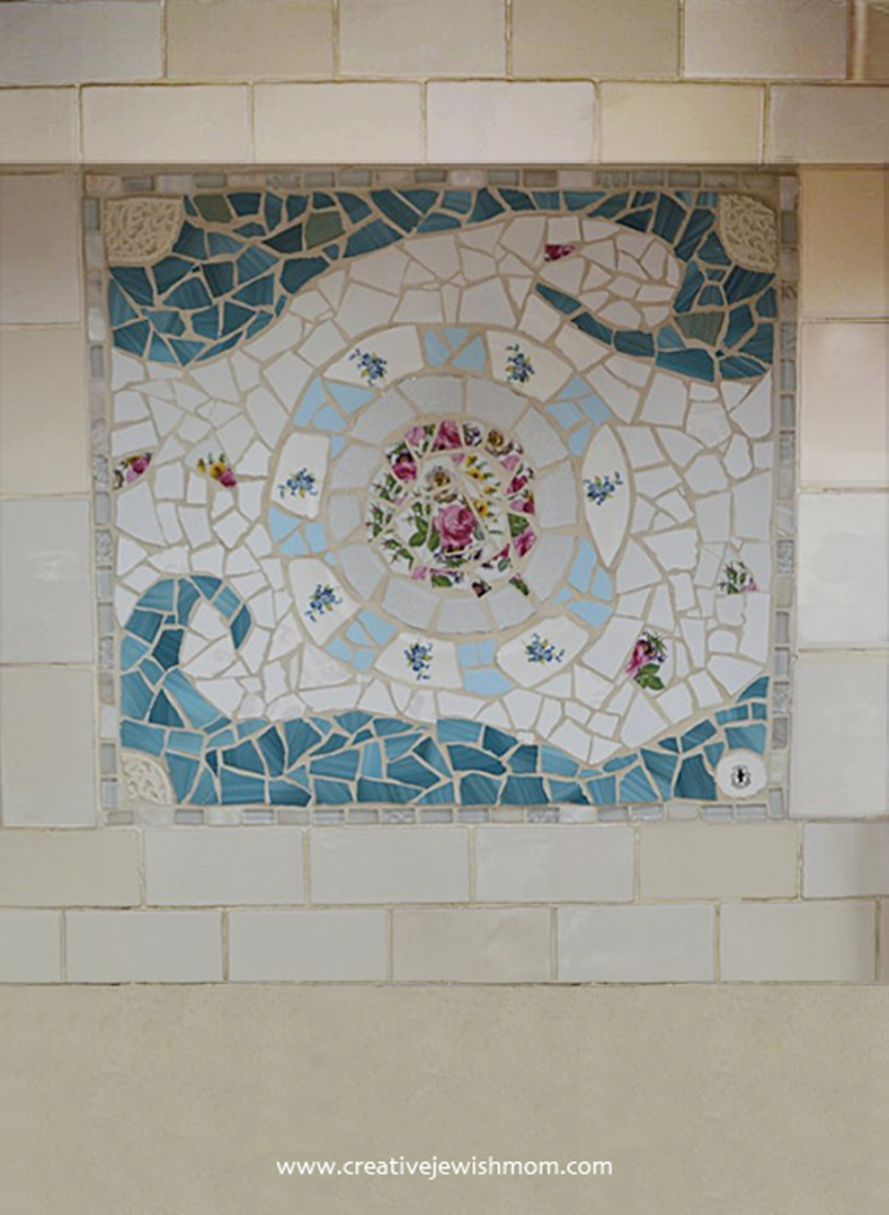 Broken-tile-mosaic-on-wall