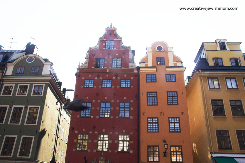 Stockholm-colorful-old-town-buildings
