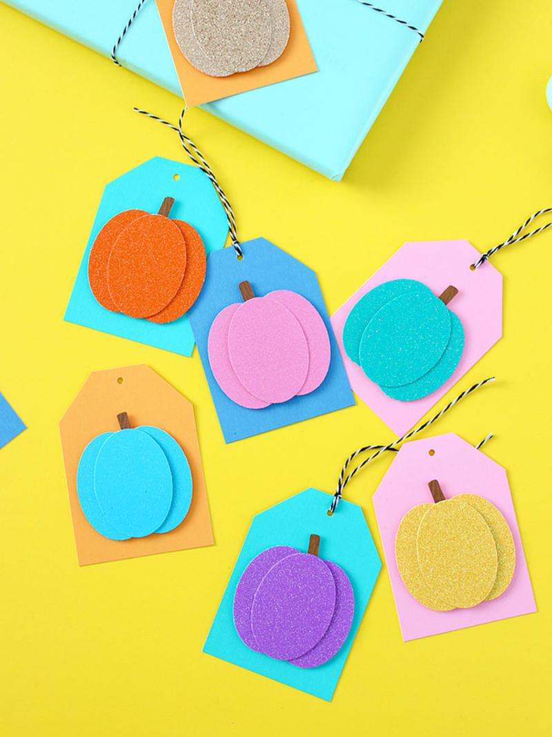 Glitter-pumpkin-gift-tags