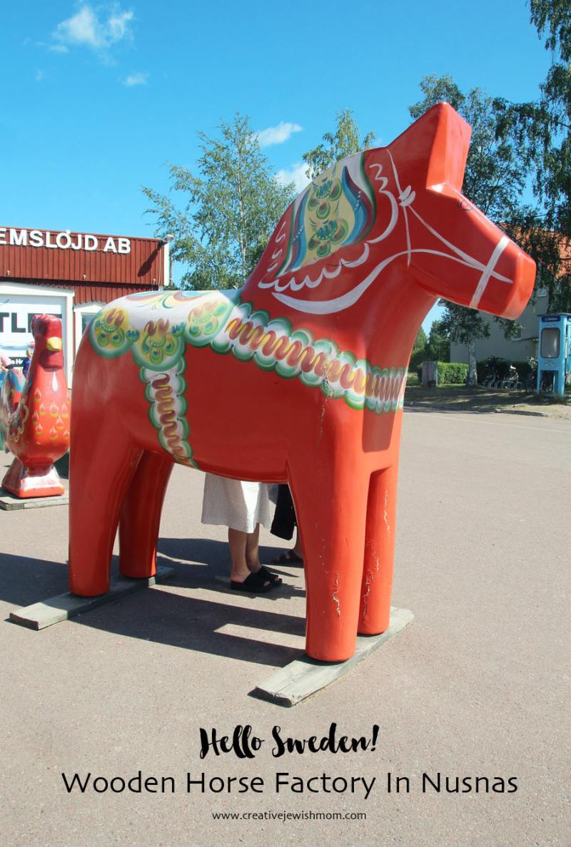 Sweden-Giant-Wooden-horse