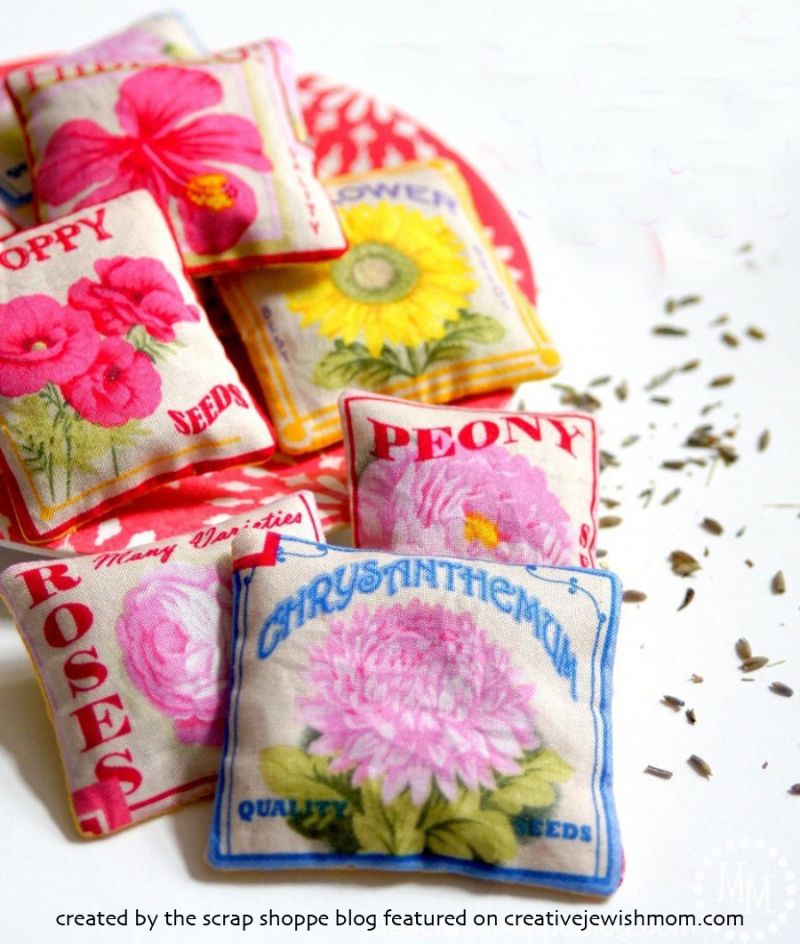 Seed-packet-lavender-sachets