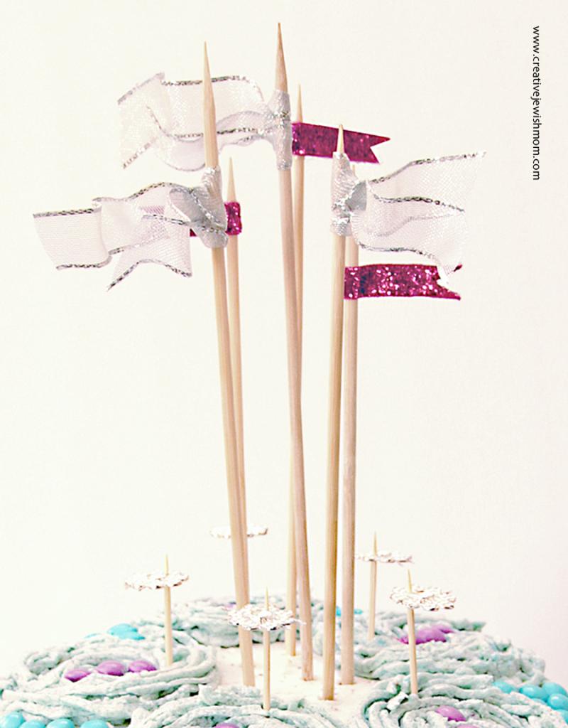 Birthday-cake-topper-ribbon-flags