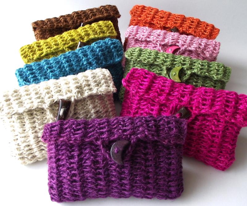 Super-simple-double-crochet-clutch-bag