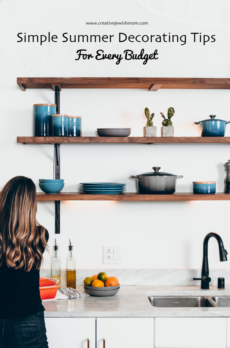 Open-dark-wood-kitchen-shelves