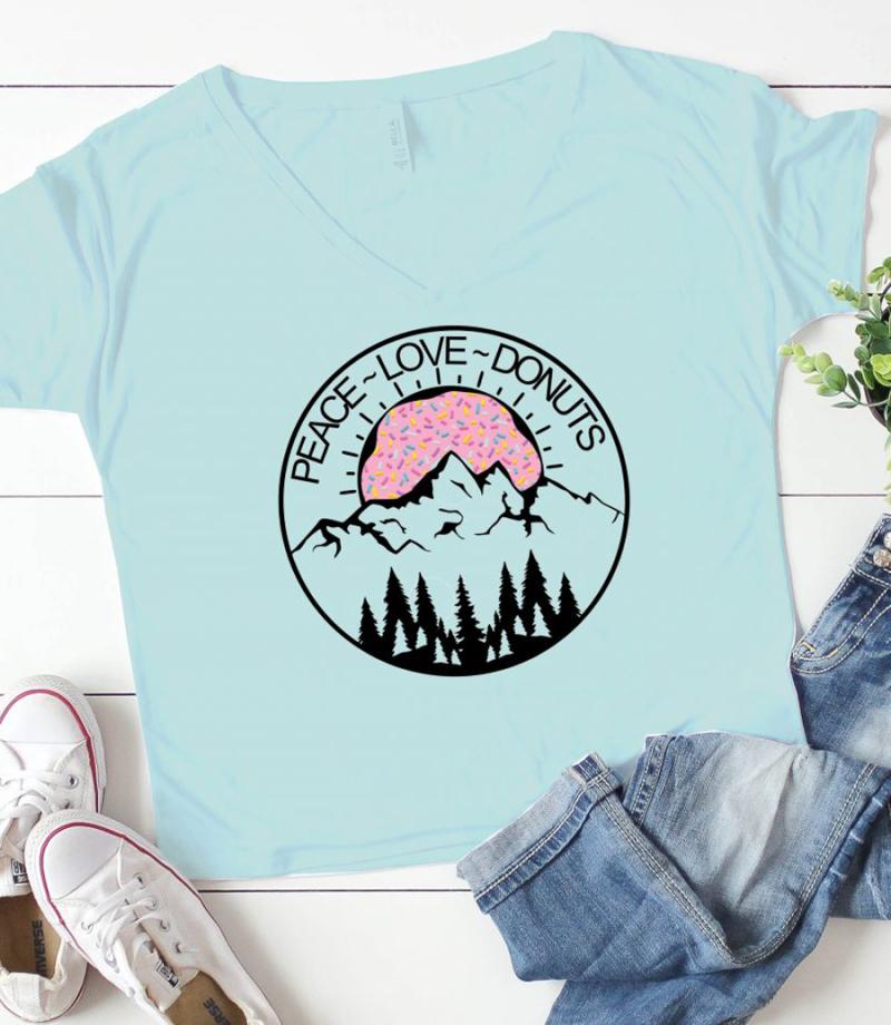 Peace-Love-Donuts-DIY-t-Shirt