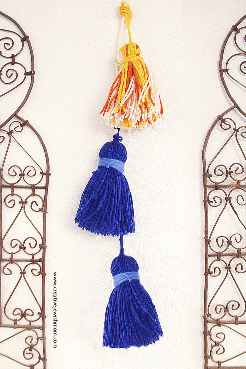 Yarn-tassels-giant-for-succah