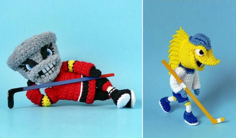 Crocheted-hockey-mascot