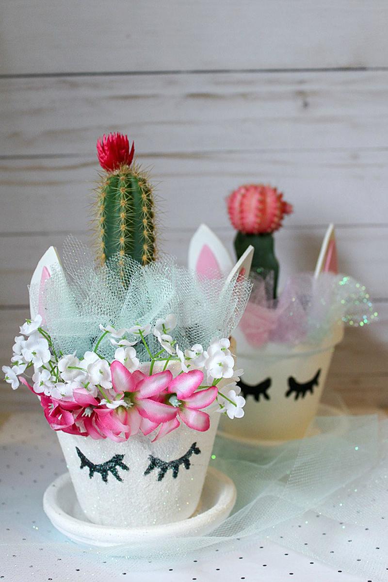 Unicorn-cactus-centerpiece