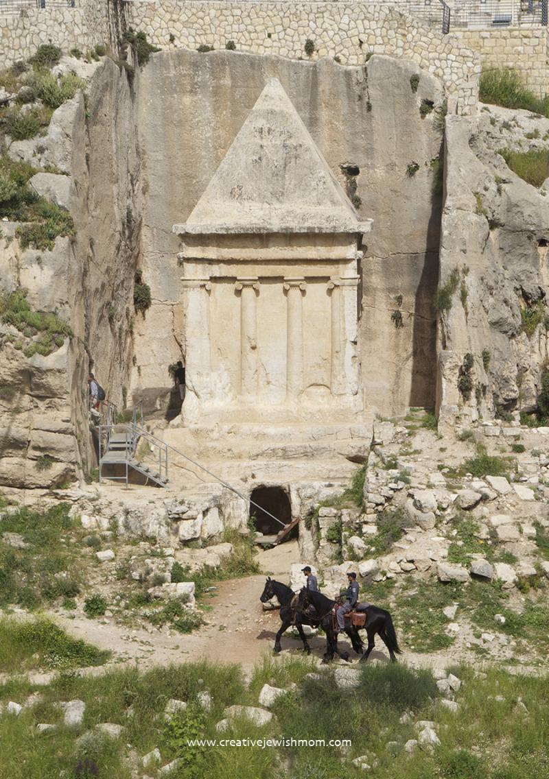 The-tomb-of-Zechariah-Jerusalem