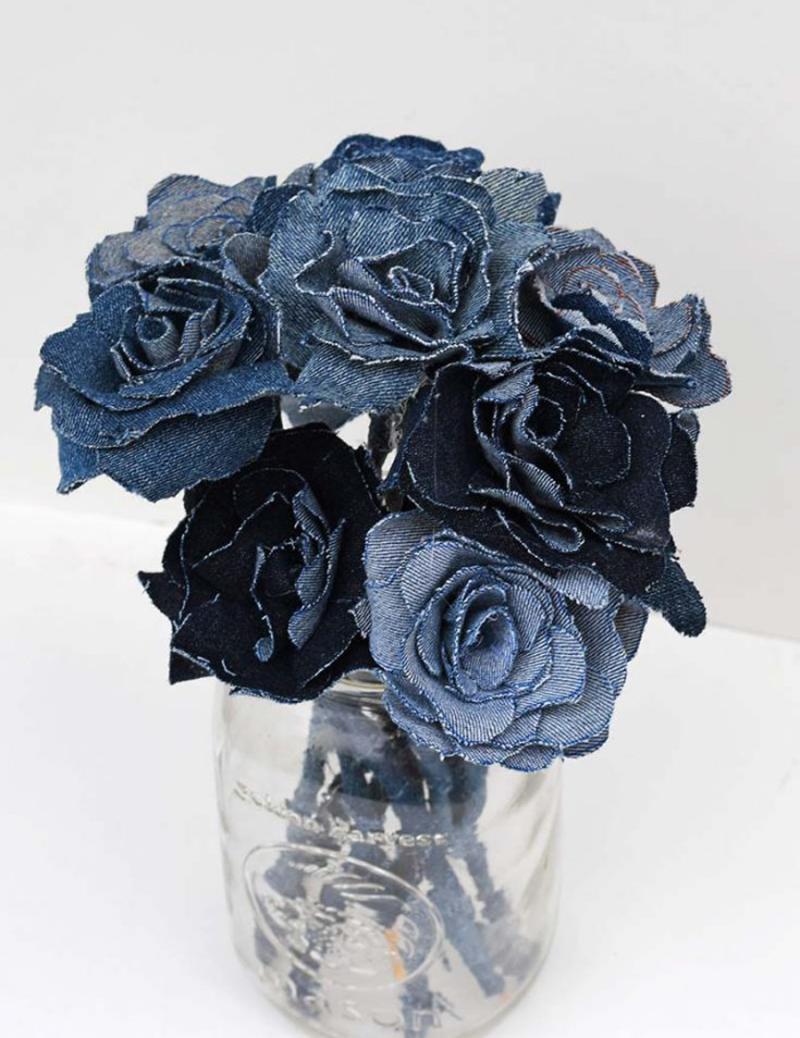 Denim-roses-boquet