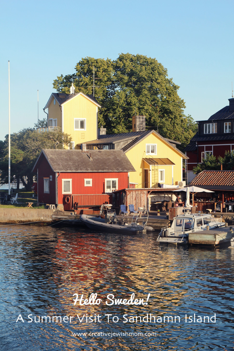 Sanhamn-Island-Classic-Swedish-Buildings