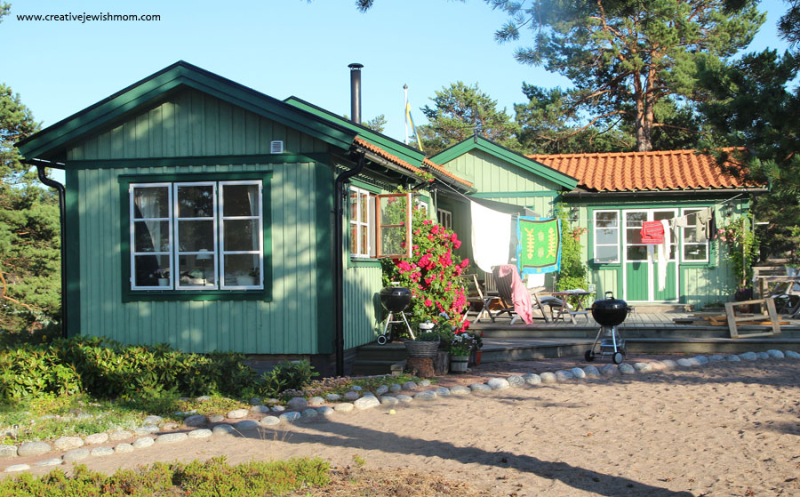 Sandhamn-Sweden-Green-Summer-Cottage