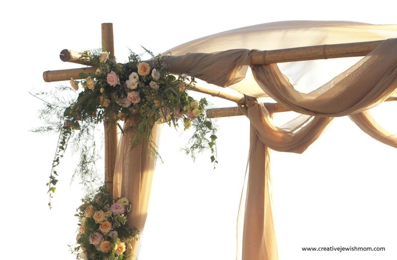 Rustic-elegant-bamboo-succah