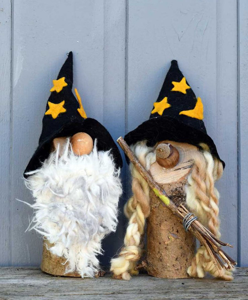 Rustic-Halloween-gnomes-craft