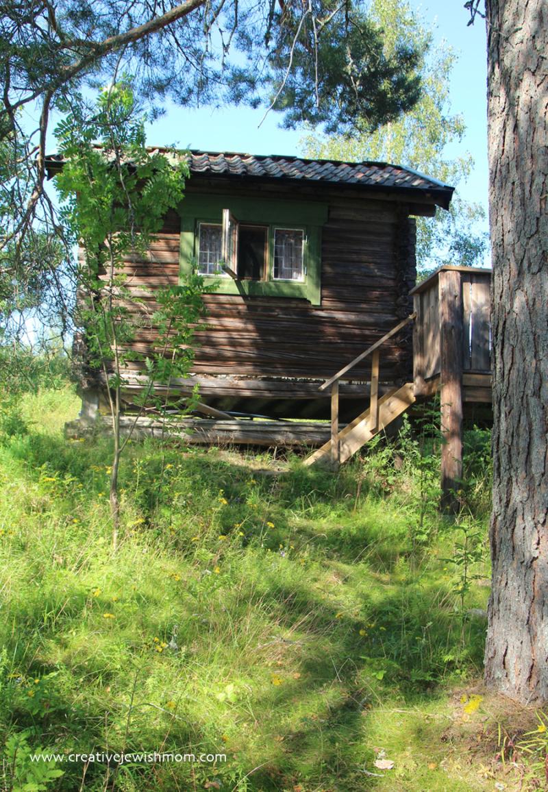Swedish-summer-cottage-lake-siljan