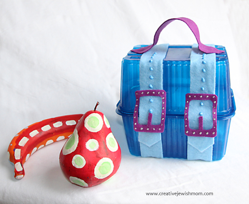 Recycled-vegetable-container-treasure-chest-gift-box