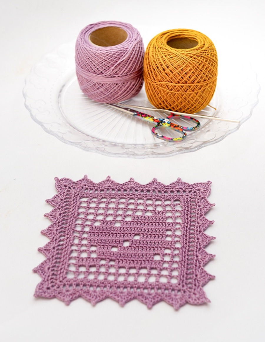 Crochet-leaf-coasters-2