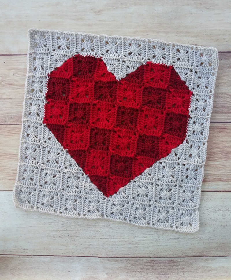 Crocheted-pixel-heart-blanket