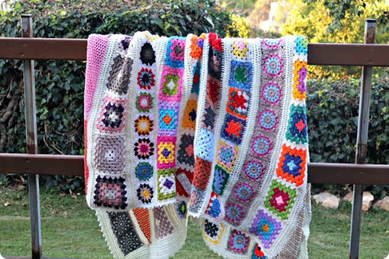 Crocheted-blankets-from-old-scarves