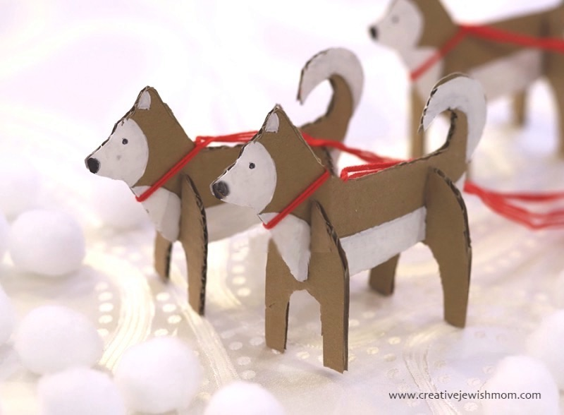DIY-cardboard-polar-bear-huskies