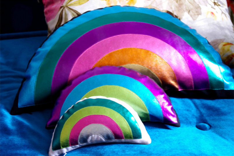 Rainbow-shaped-pillows