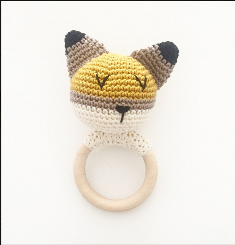 Crocheted-cat-baby-rattle