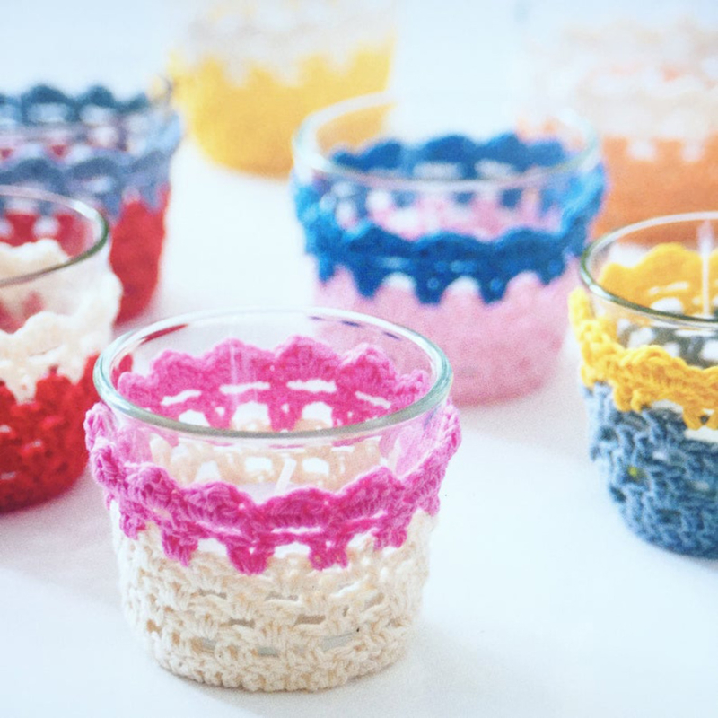 Crocheted-tea-light-cozy-quick