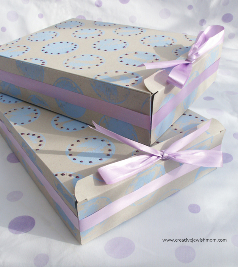 Recycled-cereal-box-gift-boxes