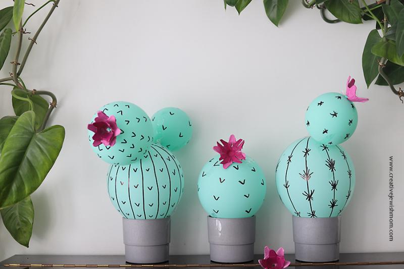Cactus-balloon-centerpiece
