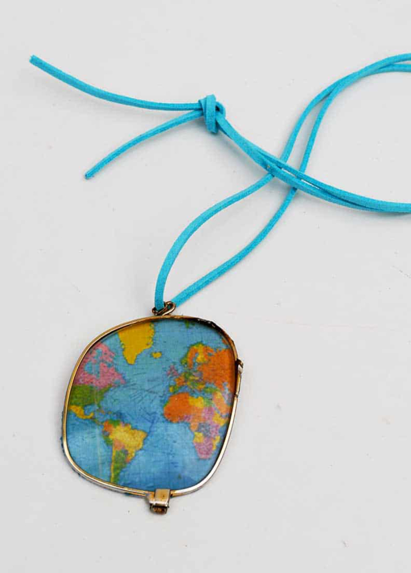 Broken-glasses-world-map-necklace