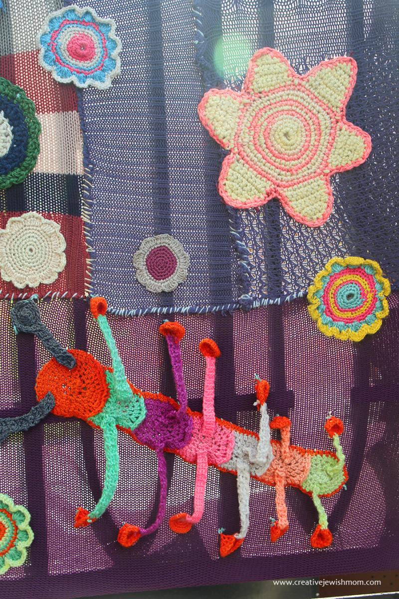 Yarn-bomb-crochet-mural-day-care