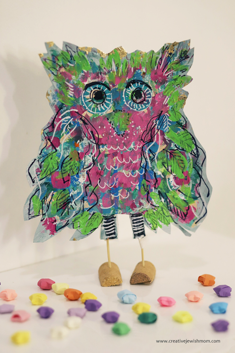 Stand-up-owl-painting-with-cork-feet