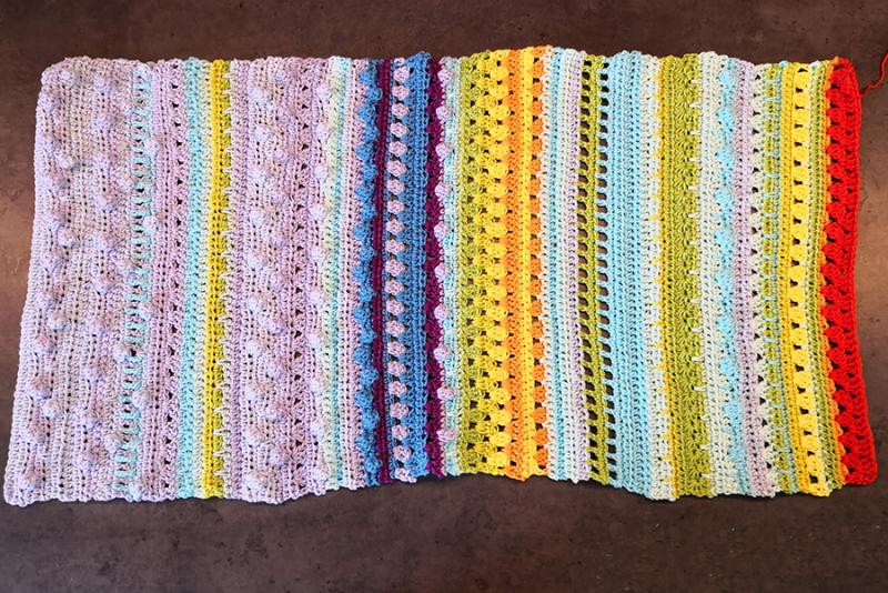 Crocheted-air-plant-cozy