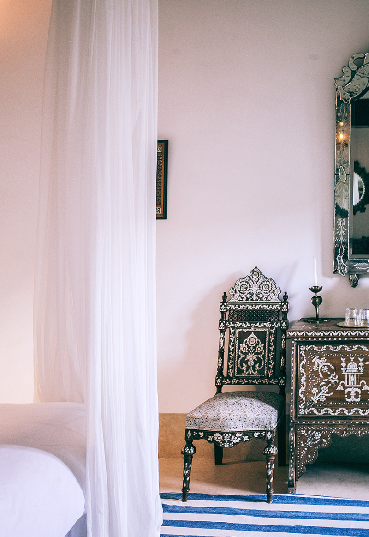 Bedroom exotic furniture