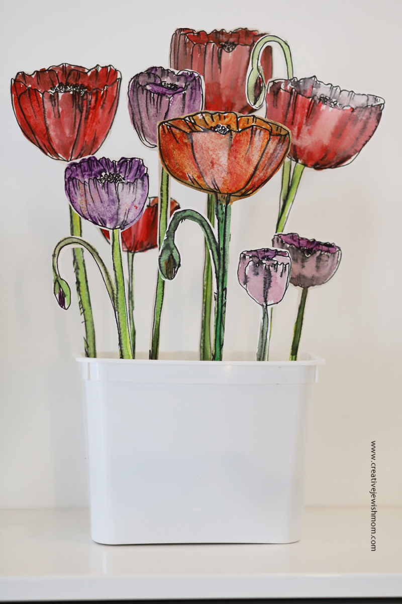 Watercolor-poppies-in-pot