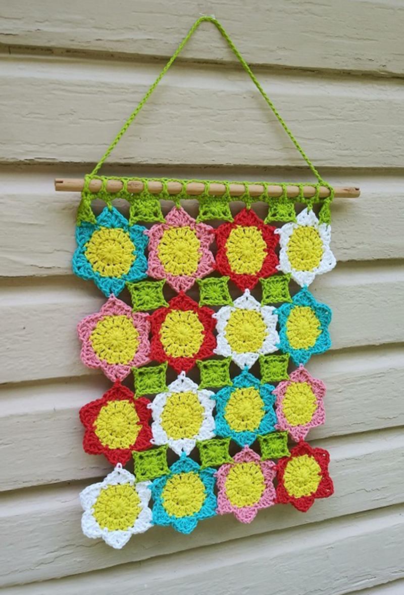 Crocheted-stars-wall-hanging