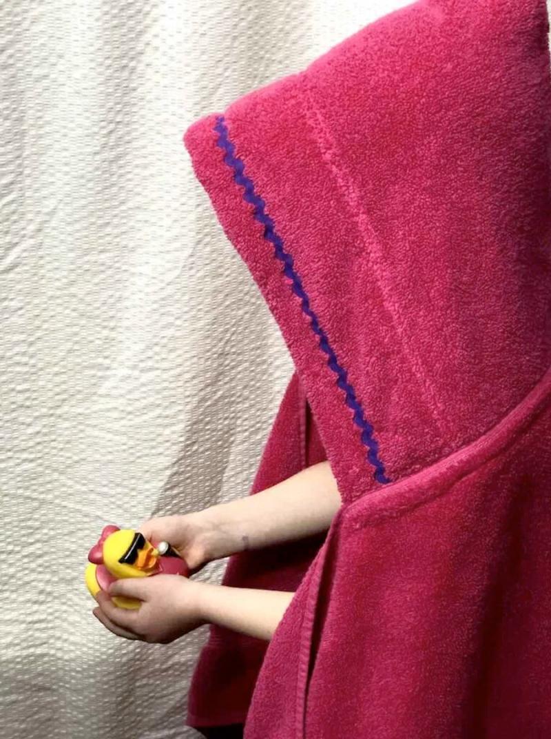 DIY-hooded-towel-tutorial