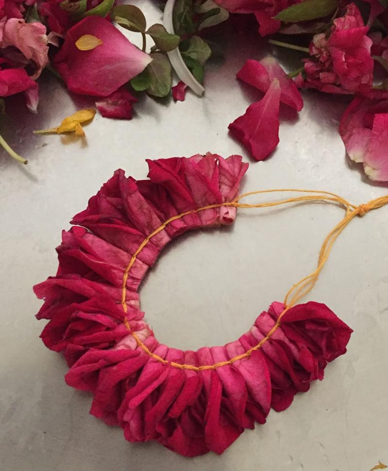 Rose-petal-necklace