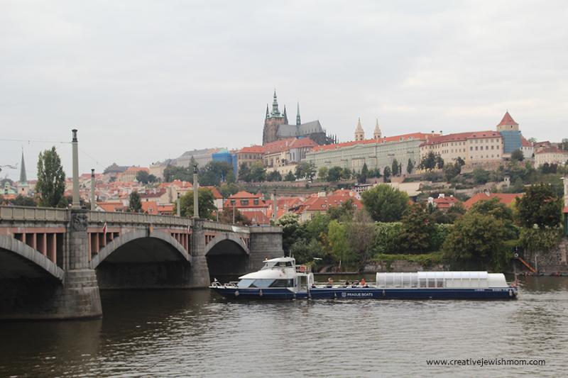 Prague-Bridge-with-Prague-Castle